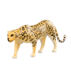 side view of cheetah